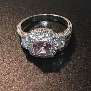 Jewelry - Beautiful Pink Cushion cut with Clear stones